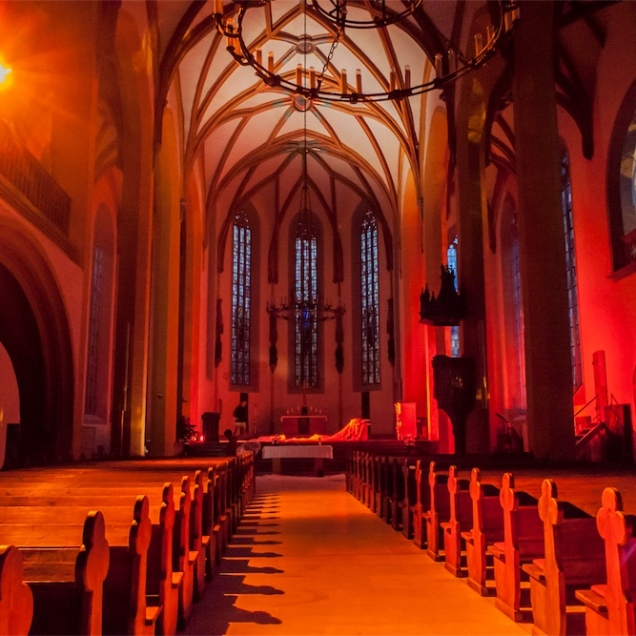 Jena Stadtkirche Lumics 01